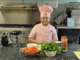 Eliana Cooking